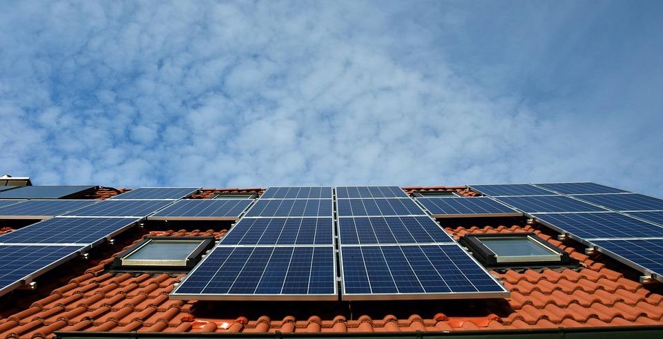 Comment entretenir ses panneaux solaires ? | EnergyGo - Qualité ENR